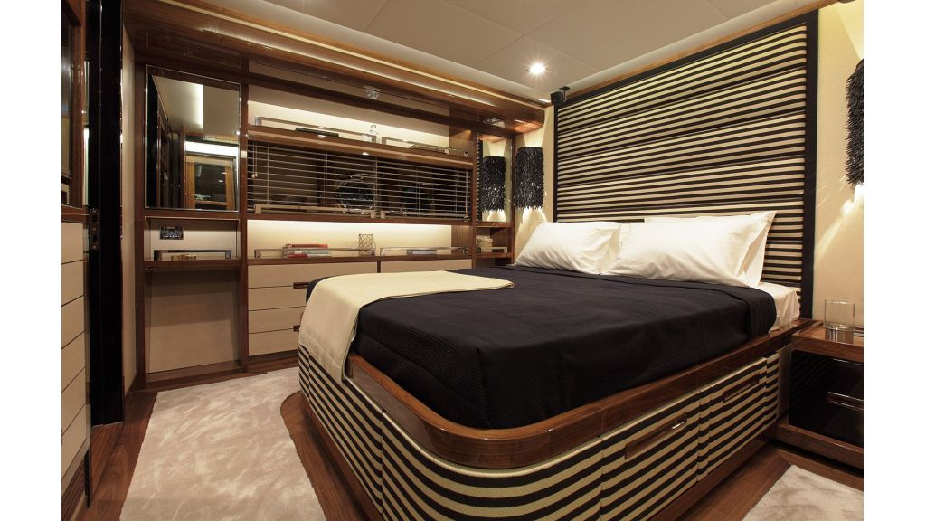 New Design Sailing Yacht (6)