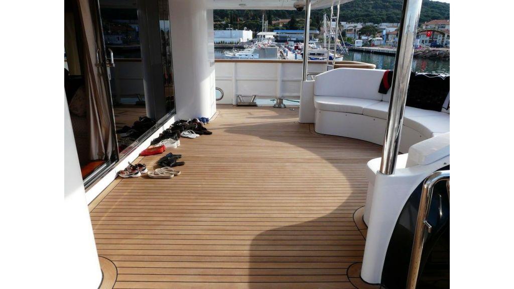 Ocean Explorer 33 m Motor Yacht (20)