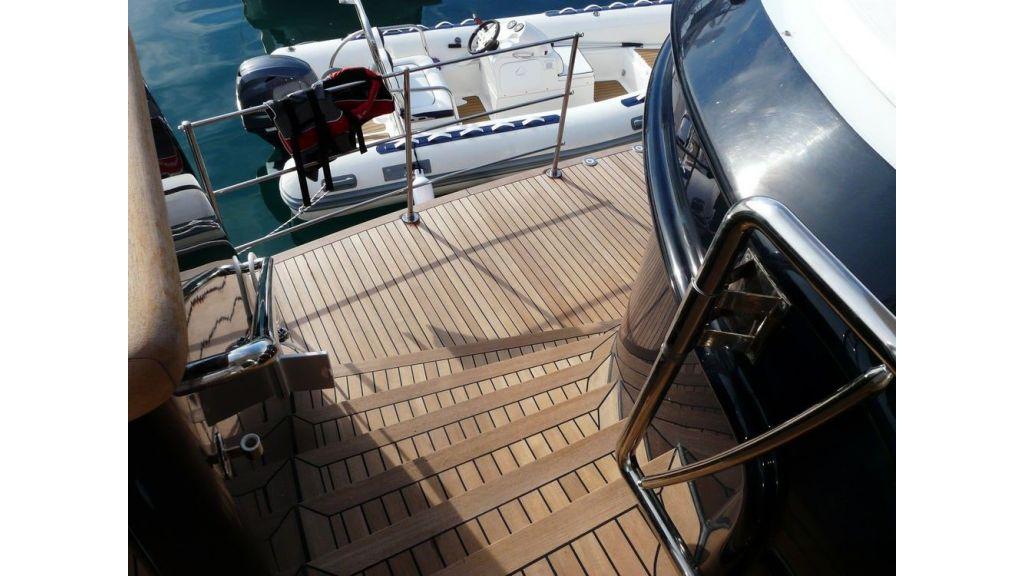 Ocean Explorer 33 m Motor Yacht (21)