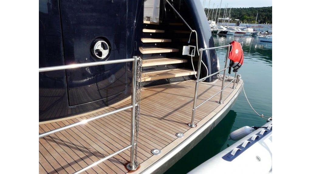 Ocean Explorer 33 m Motor Yacht (22)