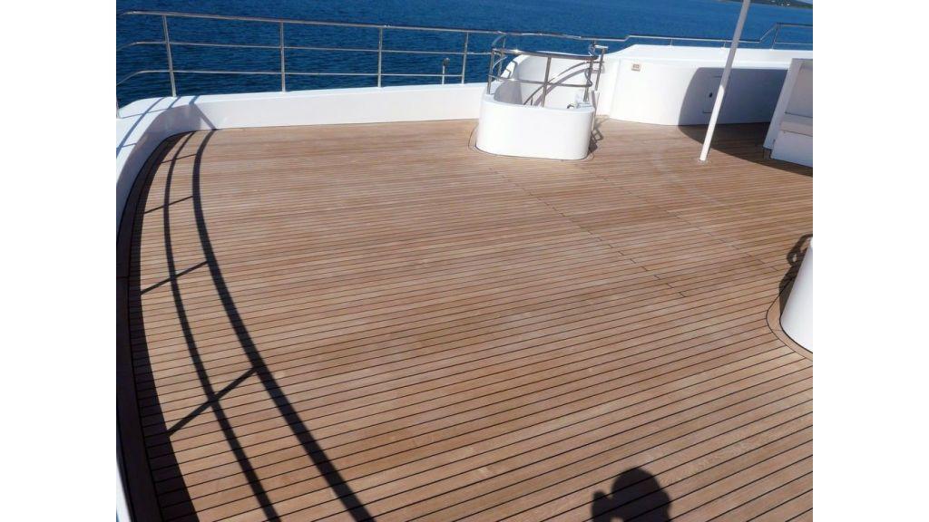 Ocean Explorer 33 m Motor Yacht (24)