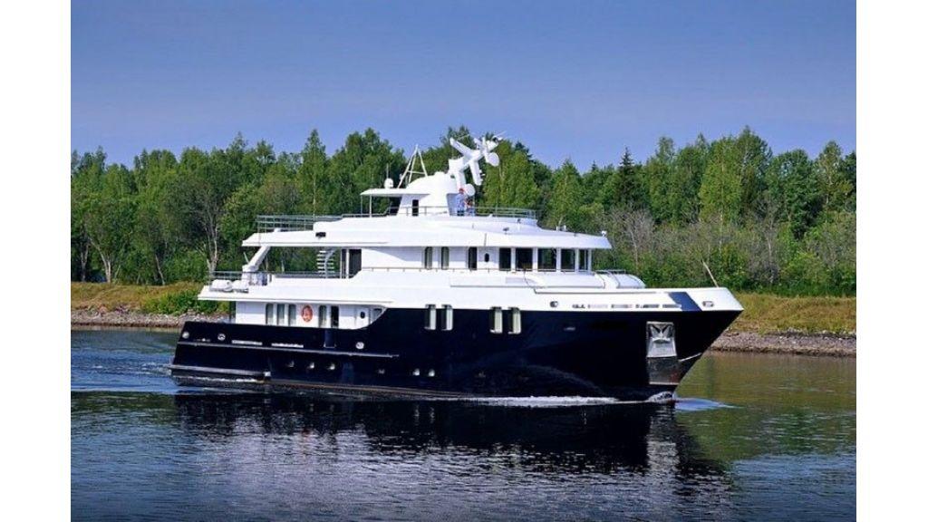 Ocean Explorer 33 m Motor Yacht (4)
