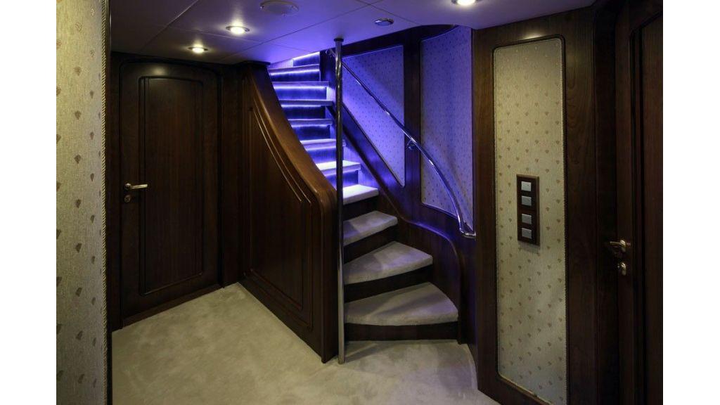 Ocean Explorer 33 m Motor Yacht (8)