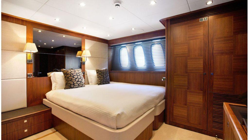 Sunseeker 37 M Motor Yacht (8)