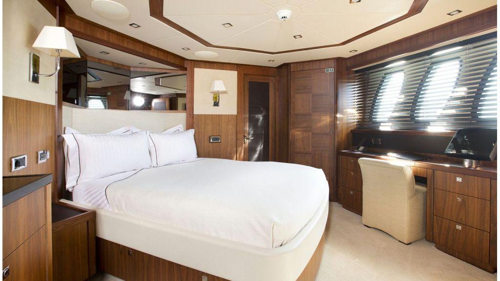 Sunseeker 37 M Motor Yacht (9)