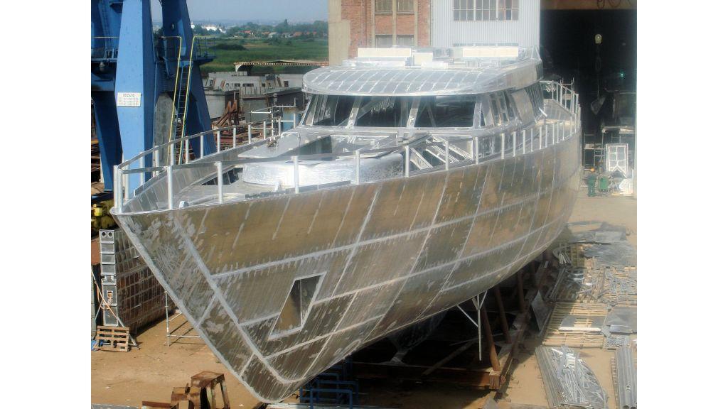 aluminium-hull-motorsailer-10