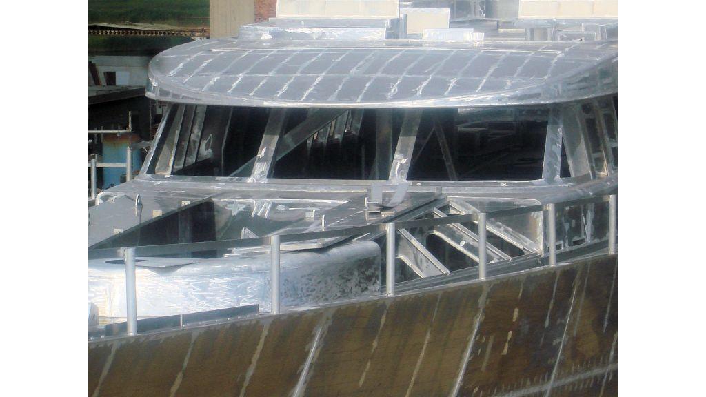 aluminium-hull-motorsailer-11