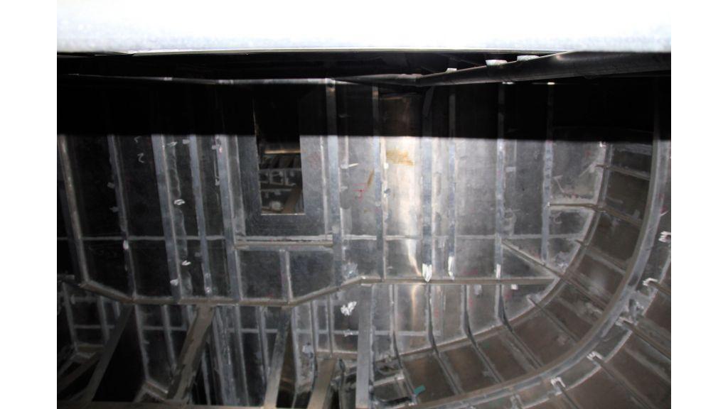aluminium-hull-motorsailer-inner-14