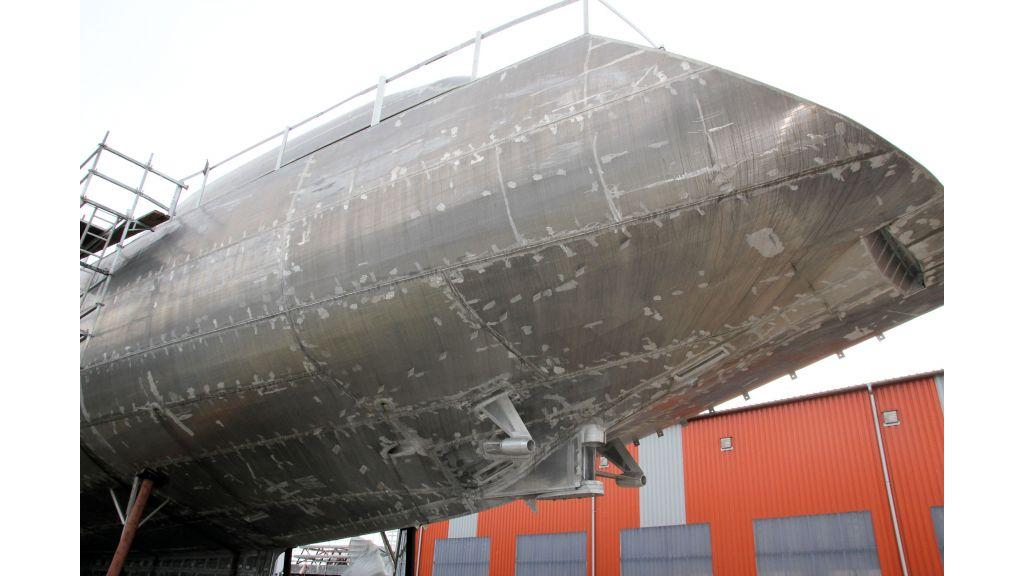 aluminium-hull-motorsailer-inner-18