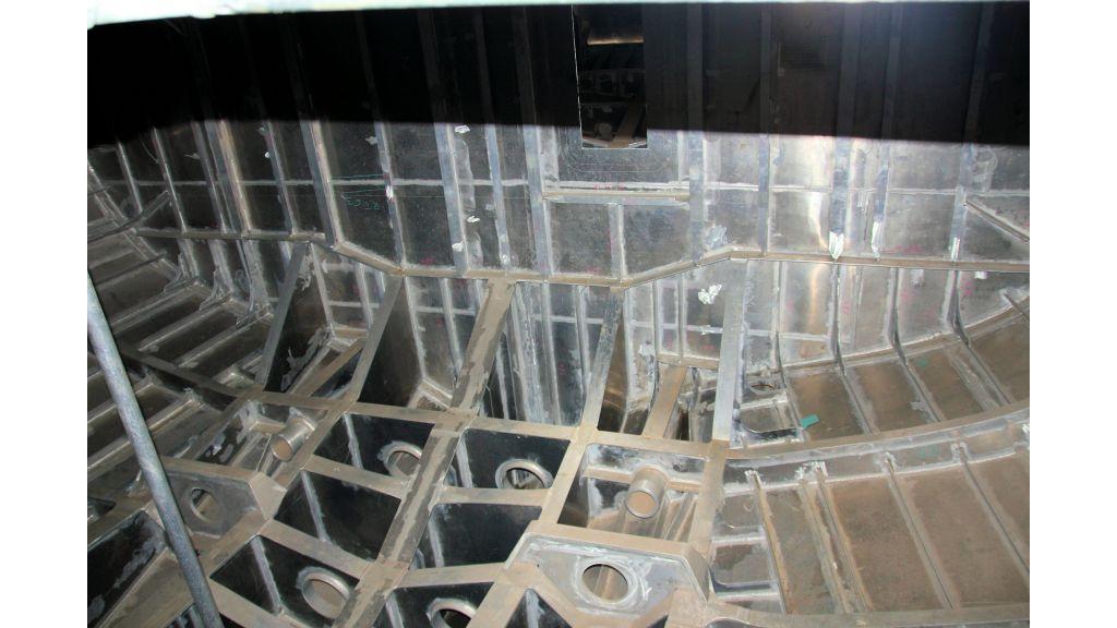 aluminium-hull-motorsailer-inner-2