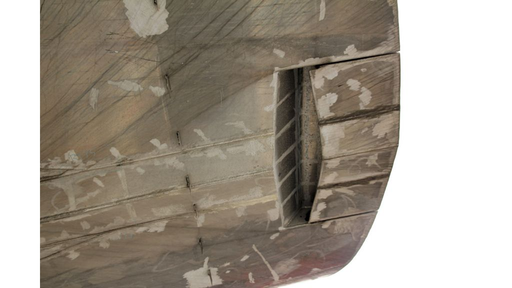 aluminium-hull-motorsailer-inner-21