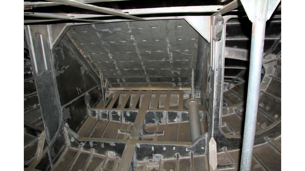 aluminium-hull-motorsailer-inner-31