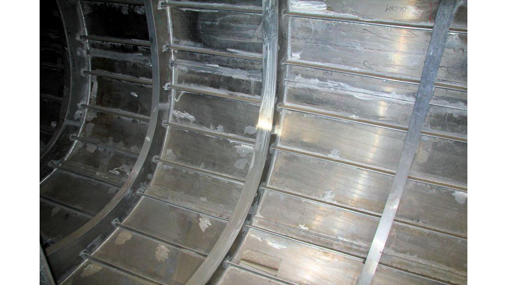 aluminium-hull-motorsailer-inner-37