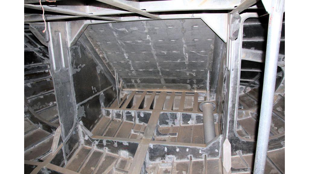 aluminium-hull-motorsailer-inner-39