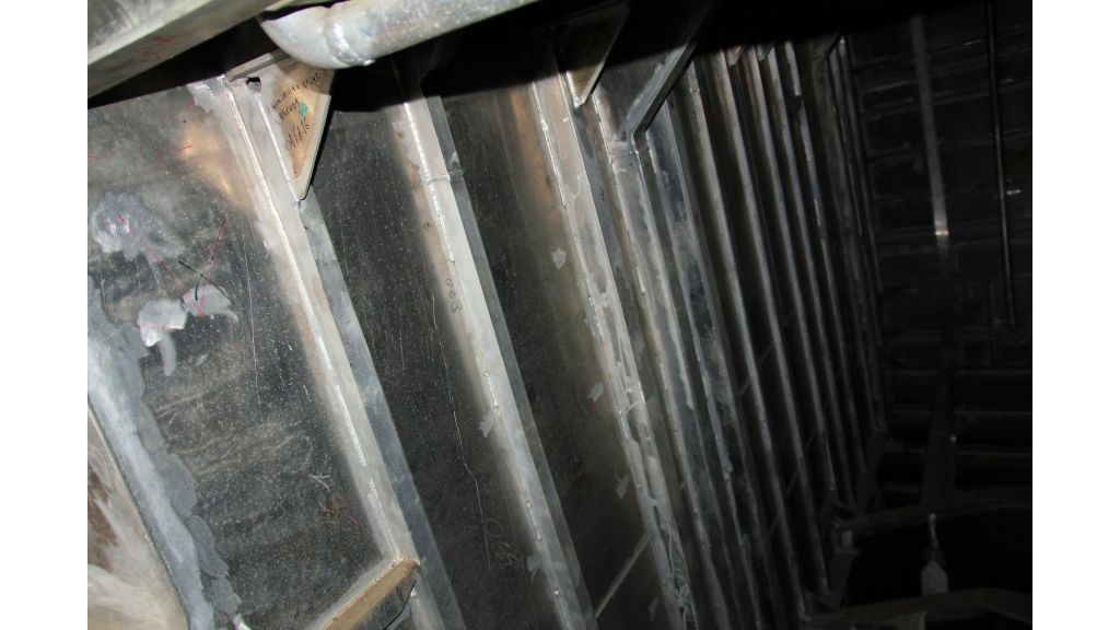 aluminium-hull-motorsailer-inner-8