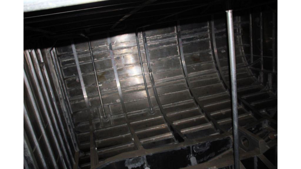 aluminium-hull-motorsailer-inner-9
