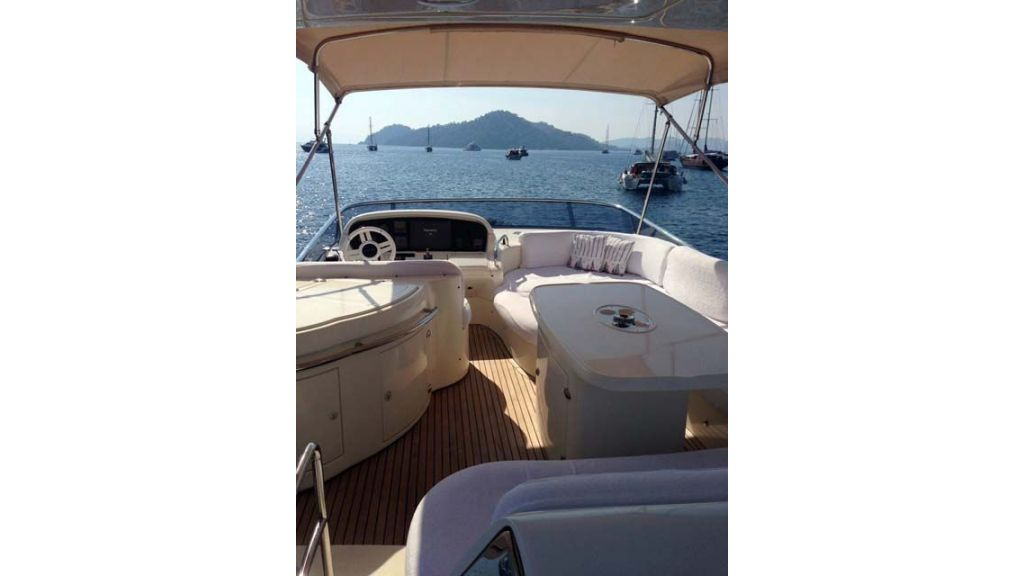Azimut 62 motor yacht for sale  (12)