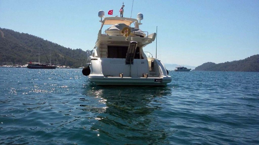 Azimut 62 motor yacht for sale  (14)