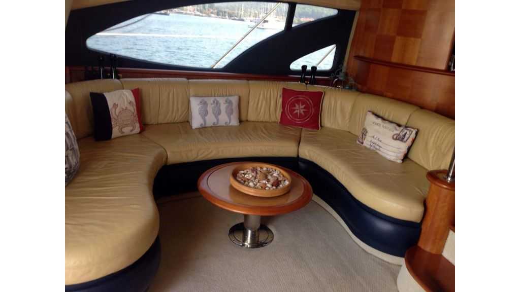 Azimut 62 motor yacht for sale  (17)
