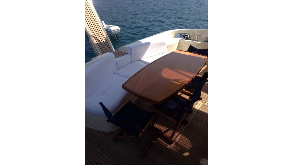 Azimut 62 motor yacht for sale  (18)
