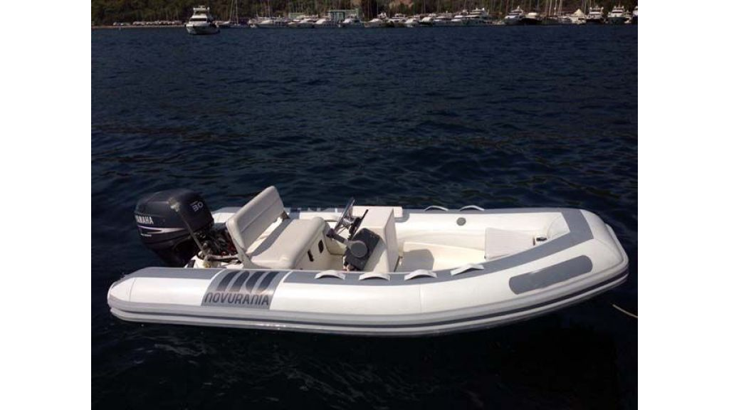 Azimut 62 motor yacht for sale  (25)
