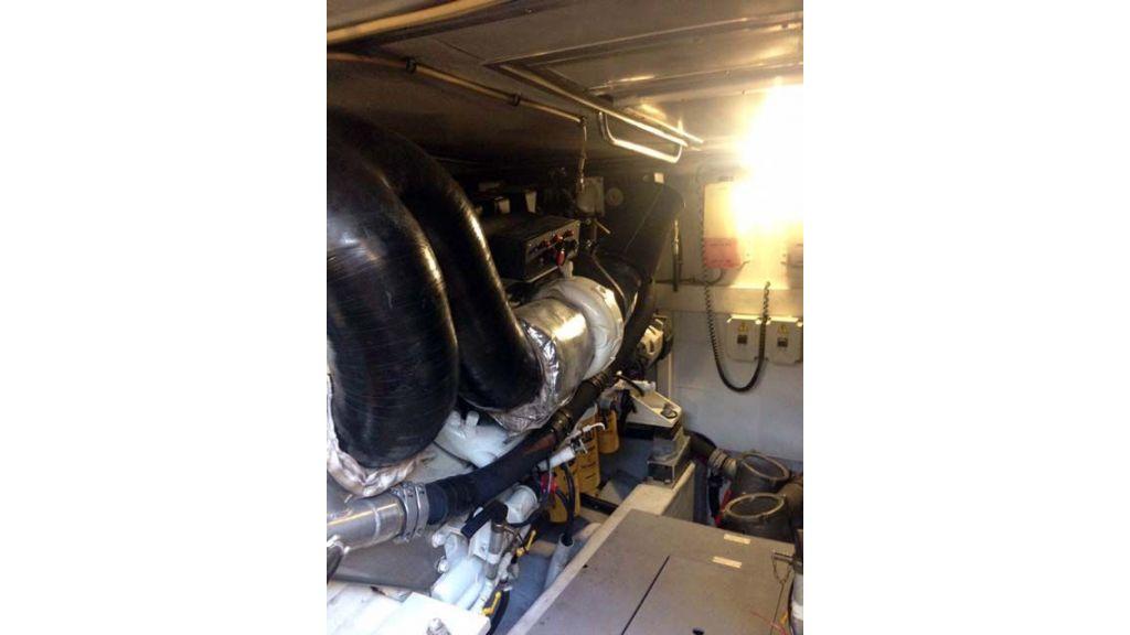 Azimut 62 motor yacht for sale  (4)