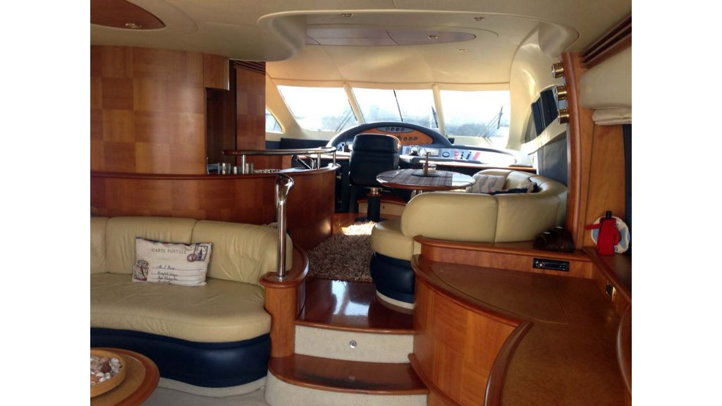 Azimut 62 motor yacht for sale  (9)