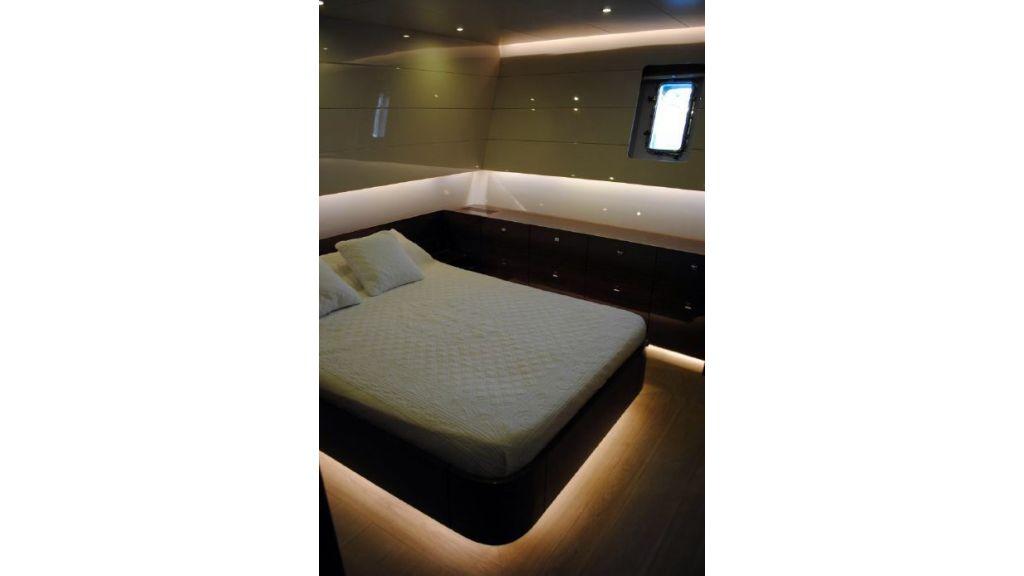 Custom Designe Sailing Yacht (14)