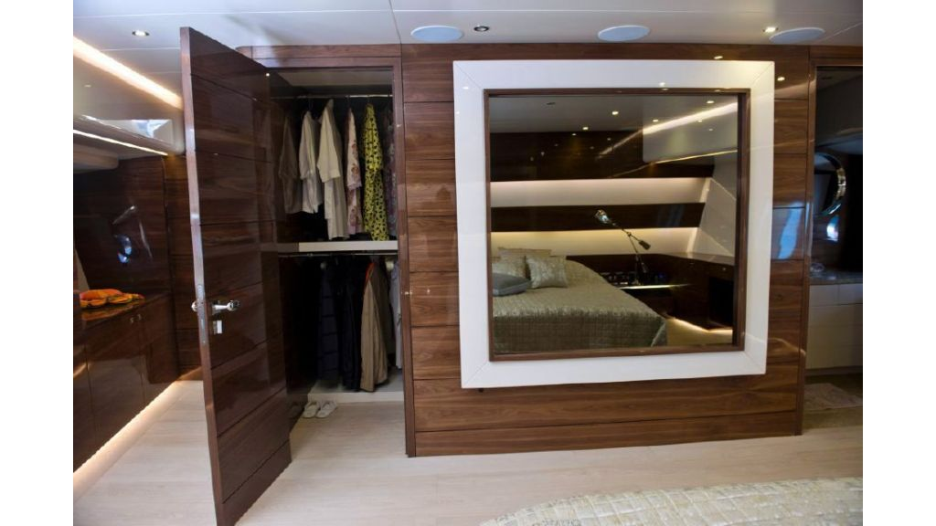 Custom Designe Sailing Yacht (17)