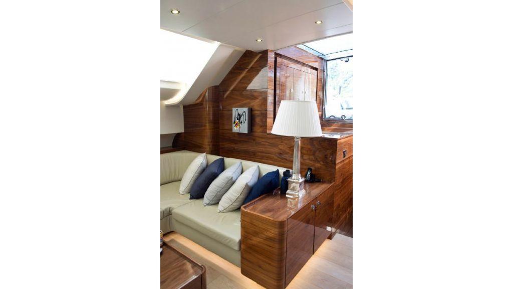 Custom Designe Sailing Yacht (21)