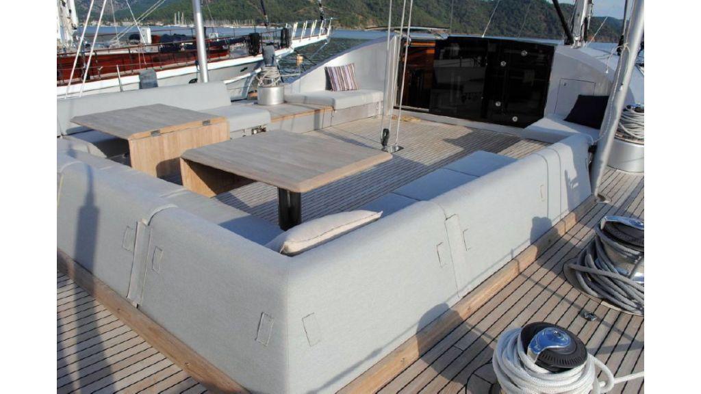 Custom Designe Sailing Yacht (8)
