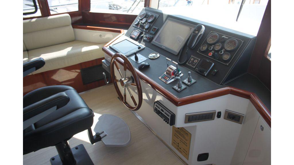 Gose-56-trawler motor-yacht