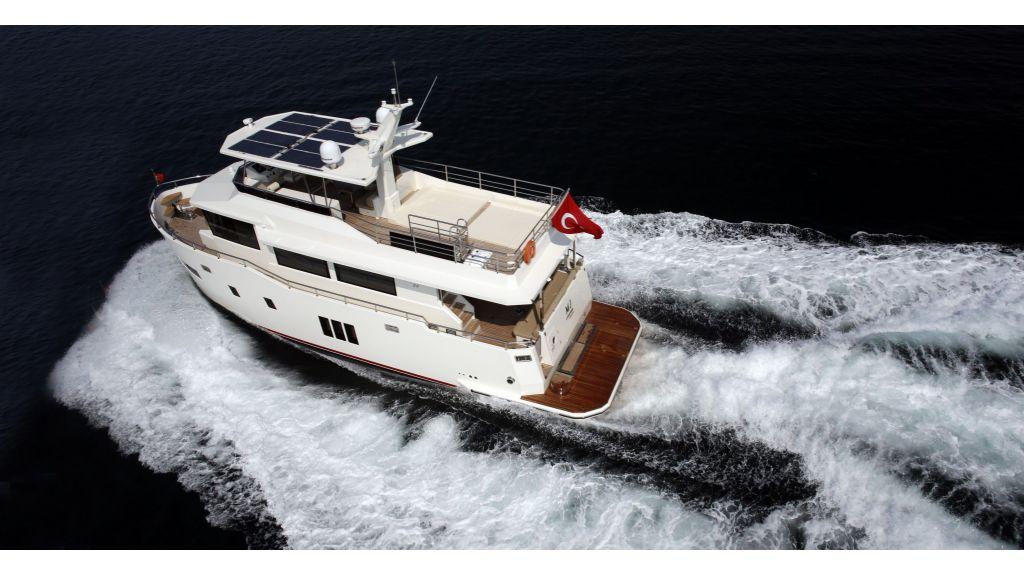 Gose-56-trawler-motor-yacht (2)