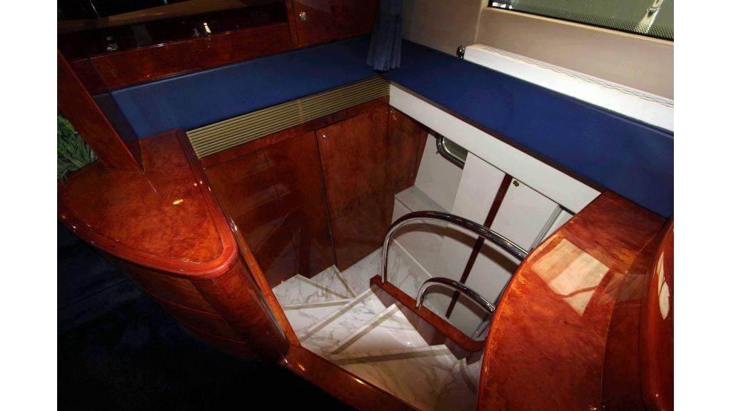 ladenstein-2100-motor-yacht (25)