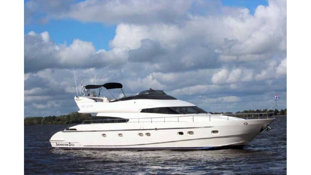 ladenstein-2100-motor-yacht (3)