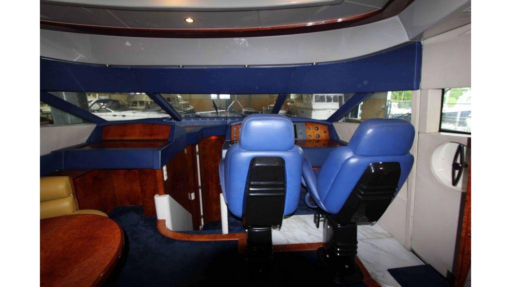 ladenstein-2100-motor yacht-master