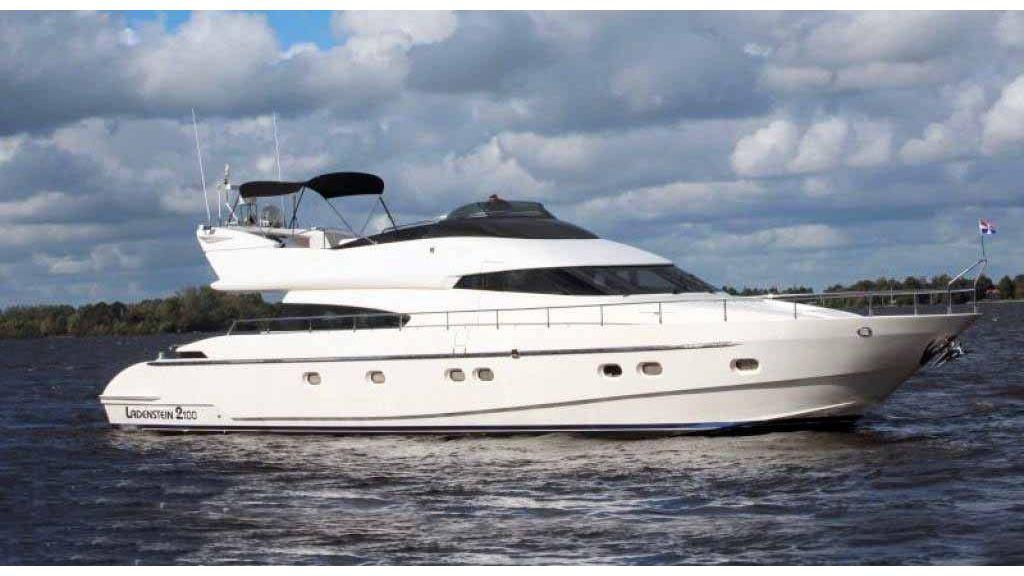 ladenstein-2100-motor-yacht master