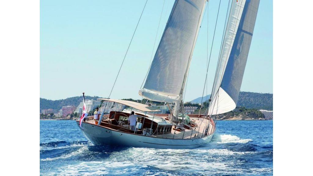 Super Sailing Yacht for sale (4)