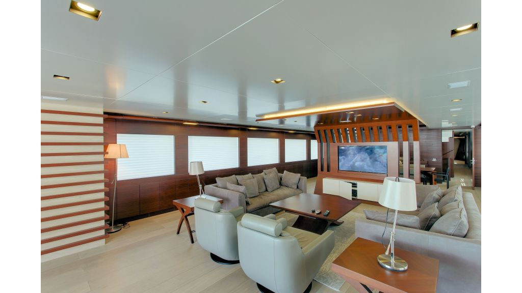 Motor Yacht Bebe (37)