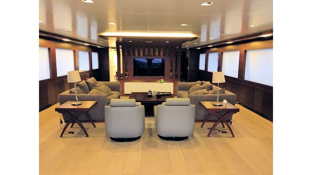 Motor Yacht Bebe (45)
