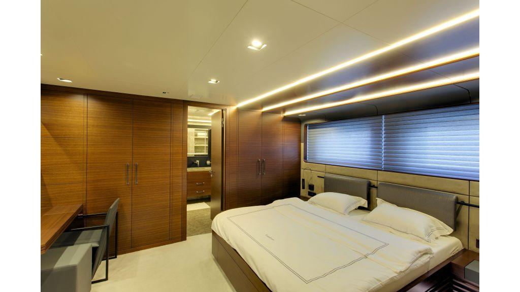 Motor Yacht Bebe (52)