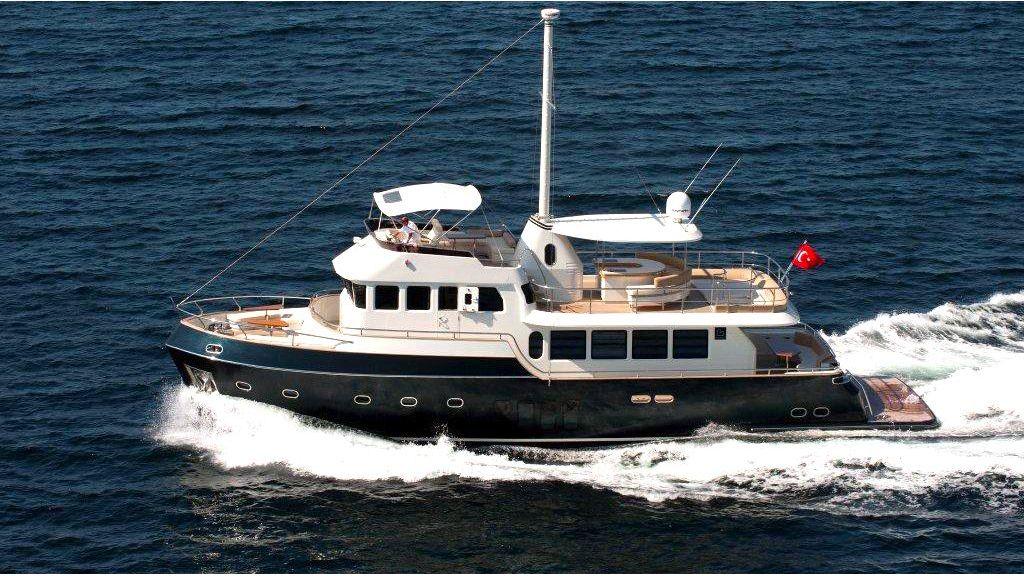 22 M 4 Cabins Trawler (1)
