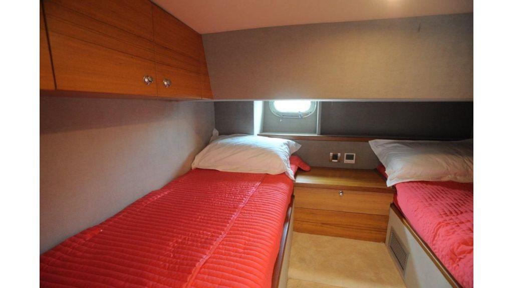 22 M 4 Cabins Trawler (25)