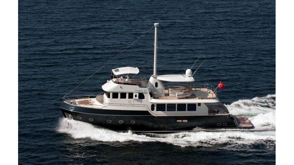 22 M 4 Cabins Trawler (36)
