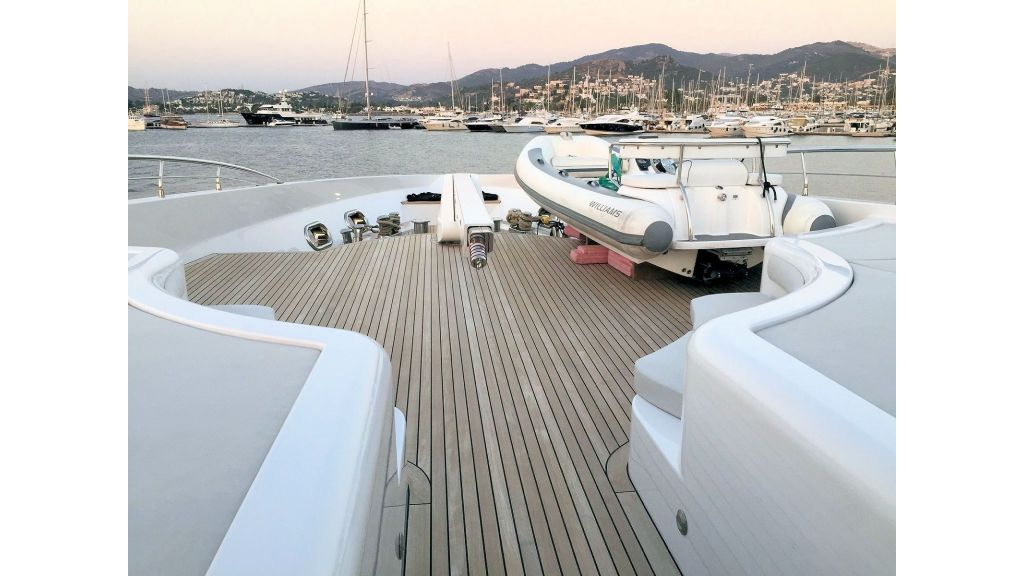 Motor Yacht Bebe (26)