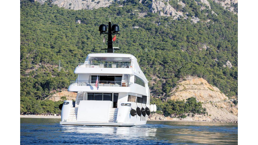 Motor Yacht Bebe (4)