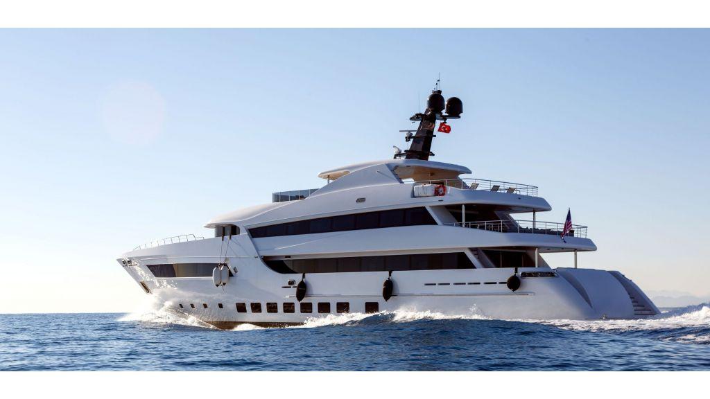 Motor Yacht Bebe (5) - master