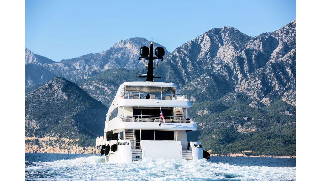 Motor Yacht Bebe (6)