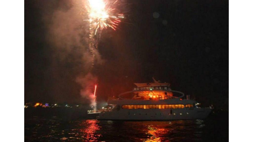 mobydick-large-catamaran-1