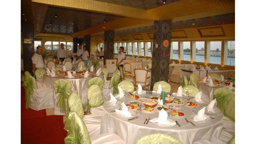 mobydick-large-catamaran-10